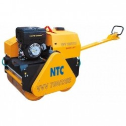 Cilindru compactor VVV700/22HE NTC, motor Hatz 1B30, putere 5kW, pornire electrica si la sfoara, 900kg
